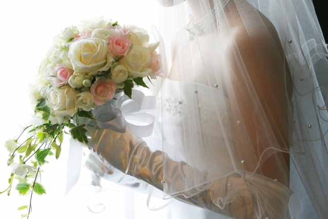 高収入男性との結婚を勝ち取った花嫁