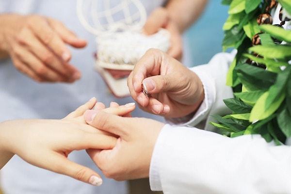 公務員との結婚式