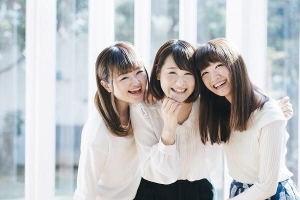 オジサマ好きの若い女性
